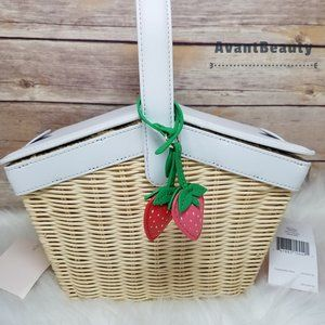 Kate Spade Picnic In The Park Basket Strawberry